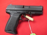 """Heckler & Koch P2000 V2 9mm 3.66"""" w/ Night Sights"""