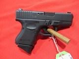 """Glock 27 Gen 4 40 S&W/3.43"""" (USED) - 1 of 4"""