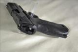 Heckler & Koch P30 v3 40 S&W New - 5 of 9