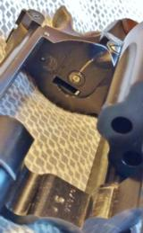 Smith & Wesson K-22 Masterpiece Pre 17 5 Screw with a 6 Inch Barrel and Diamond Grips- 19 of 19