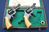 Consec pair of TR 22-4 new and unfired, custom case - 3 of 11