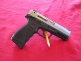 Taurus 24/7 Stainless black 9mm - 2 of 3