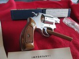 Smith & Wesson Model 60 stainless 38 special - 6 of 9