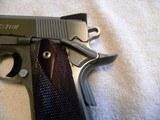 Colt 1911 Custom Combat Commander 45 match. stainless steel. - 3 of 20