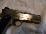 Colt 1911 Custom Combat Commander 45 match. stainless steel. - 5 of 20