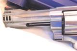 Smith & Wesson 460V 5 - 3 of 12