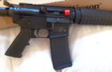 Smith & Wesson M&POR 15 .223/5.5616 - 2 of 12