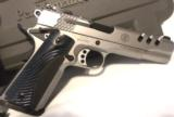 Smith & Wesson Performance Center SW1911 5 - 1 of 12
