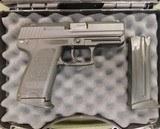 Heckler & Koch USP 9 compact