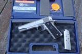 COLT GOV' 1911 SERIES 80 STAINLESS AS NEW IN BOX W/PAPERS BARGAIN!!!!!! - 1 of 7