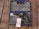 """Smith & Wesson 329 Air Lite PD Near New In Box Scandium and Titanium4"""" Bear Protection Weighs 1 3/4 lbs!!!!"""