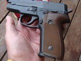 Sig 228 West German As New In Box With Manual 9mm Very High Quality - 5 of 9