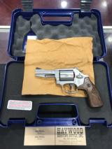 SMITH & WESSON MODEL 60-15 PRO .357MAG/.38SPC