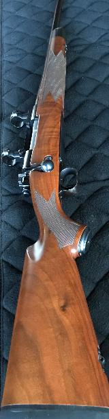 ****SOLD****WINCHESTER MODEL 70 CLASSIC SUPER GRADE .300 WIN MAG