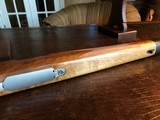 D. Dury Custom 7MM-08 - Black Feathercrotch Walnut - Crisp trigger - Custom from Butt to Barrel - Beautiful - 16 of 18