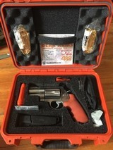 Smith & Wesson 500 ES