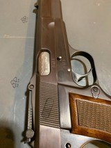 Browning Hi power with Tangent site and opening for wooden stock attachmentin perfect shape - 3 of 14