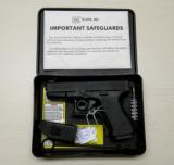 Glock Model 23 .40 Cal Auto Pistol w/ Night Sights & Orig Box - 1 of 3