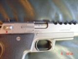 Laser Aim Arms 1911,45acp,6