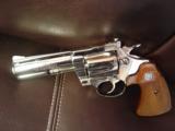 Colt Diamondback,4