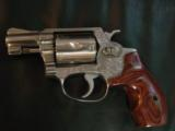"Smith & Wesson Model 60,no dash,1969,lightly engraved,38 special,Chiefs Special,custom Rosewood grips,& original grips,2"" barrel, - 4 of 12"