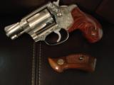 "Smith & Wesson Model 60,no dash,1969,lightly engraved,38 special,Chiefs Special,custom Rosewood grips,& original grips,2"" barrel, - 2 of 12"