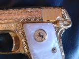 Colt 1908 Vest Pocket 25acp,100%+ master engraved by Jeff Flannery,24K plated,Pearlite grips,hammerless,a work of art,grip safety,made in 1918 !! - 2 of 12