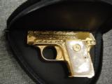 Colt 1908 Vest Pocket 25acp,100%+ master engraved by Jeff Flannery,24K plated,Pearlite grips,hammerless,a work of art,grip safety,made in 1918 !! - 10 of 12