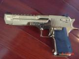 Desert Eagle/Magnum Research,50AE,Titanium Gold,high polished hand cannon,NIB,awesome showpiece !! - 13 of 15