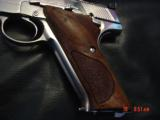 Colt Woodsman Match Target,1972,fully refinished in bright mirror nickel,22LR,heavy barrel,custom wood grips,adj site,awesome 1 of a kind showpiece !! - 3 of 15