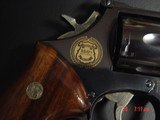 Smith & Wesson 586 no dash,Cleveland Police Dept.Comm.,24K engraved,wood grips,glass & wood pres.case,1986,#460 of 500-awesome - 3 of 15