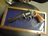 Smith & Wesson 586 no dash,Cleveland Police Dept.Comm.,24K engraved,wood grips,glass & wood pres.case,1986,#460 of 500-awesome - 14 of 15