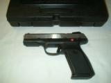 Ruger SR9 - 2 of 6