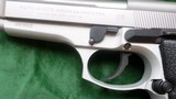 """Beretta 92 FS 9mm 5"""" bl. new in case with extra mag. papers and cleaning equip. - 2 of 3"""