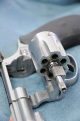 """Smith & Wesson 63-3 22 LR 2"""" 6 Shot - 5 of 6"""