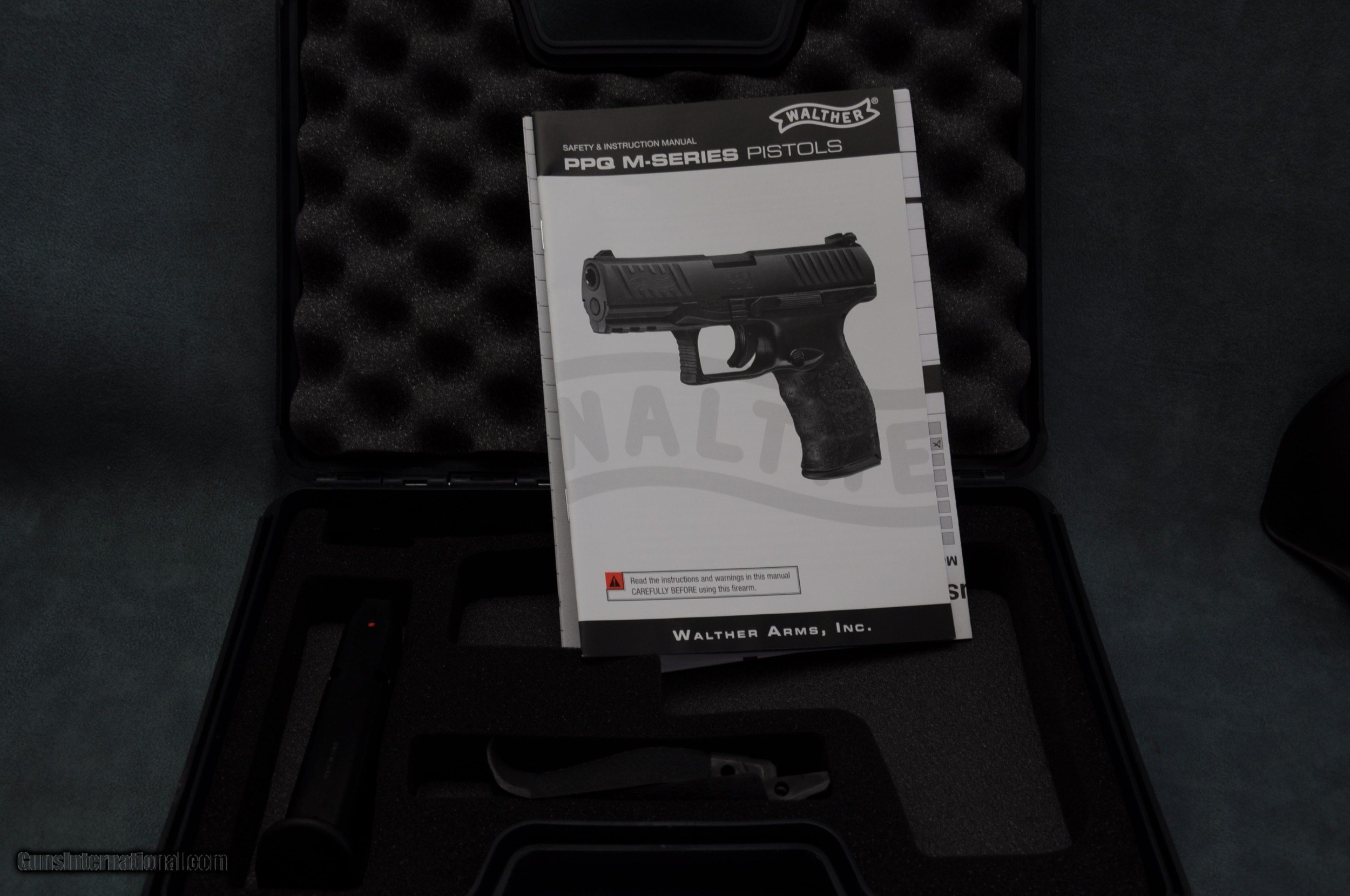 Walther PPQ M2 9MM Night Sights & Holster - Excellent for sale