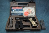 Colt M1991 A1 Series 80 1911 45 ACP in Box with Extras