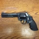 SMITH & WESSON 586 PRE-LOCK AS NEW !