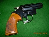 """Colt Detective Special 2"""" in ? .38 Special! Blue and wraparound walnut grips - 1 of 13"""