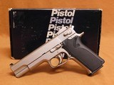 Smith and Wesson S&W Model 1006 w/ Box
