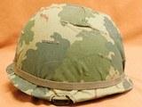 US Vietnam-Era M1C Paratrooper Helmet & Liner - 5 of 8