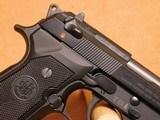 Beretta Model 92FS (Black, 15 Rd. 9mm, w/ Box) - 8 of 10