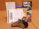 Bond Arms Cowboy Defender (.45 LC/.410 Bore)