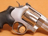 Smith & Wesson Model 629-6 (4-inch, .44 Magnum, 163603) - 9 of 14