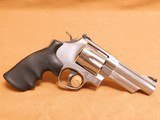Smith & Wesson Model 629-6 (4-inch, .44 Magnum, 163603) - 7 of 14