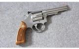 smith & wessonmodel 63 stainless kit gun.22 lr