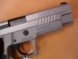 Sig Sauer P226 Elite Talo Exclusive - 7 of 9