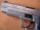 Sig Sauer P226 Elite Talo Exclusive - 4 of 9