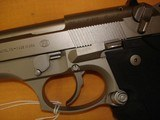 "Beretta 92FS INOX ""United We Stand"" - 4 of 12"