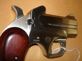 Bond Arms Texas Defender derringer, .357 Mag/9MM - 3 of 8